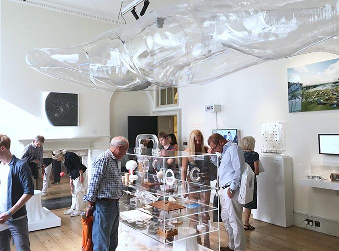 http://www.wochikochi.jp/english/foreign/london_design_biennale_15.jpg