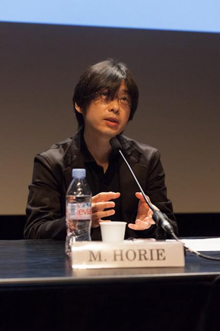 http://www.wochikochi.jp/english/report/shinsai_paris05.jpg
