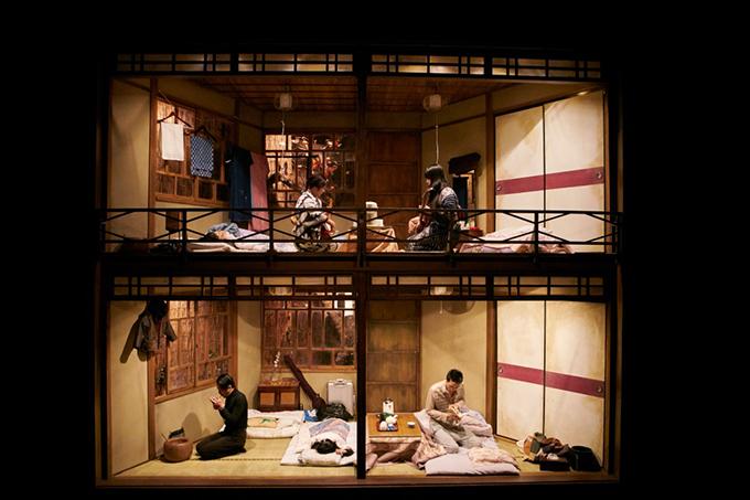 http://www.wochikochi.jp/english/special/marie-coran_en_02.jpg
