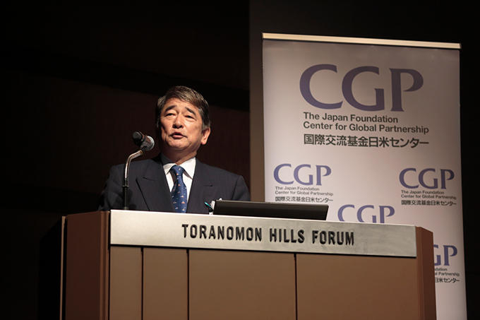 http://www.wochikochi.jp/english/topstory/abe_fellowship_02.jpg