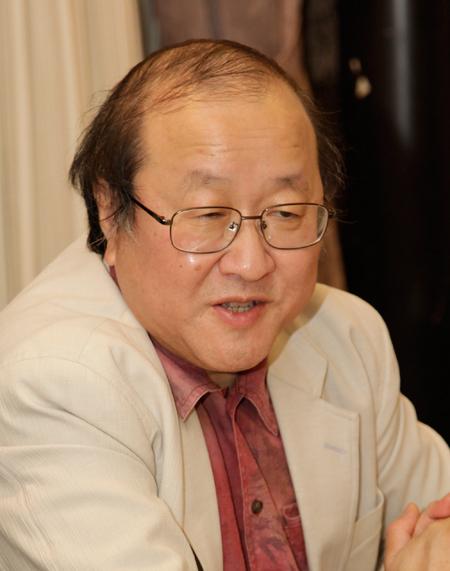http://www.wochikochi.jp/english/topstory/treehouse11.jpg