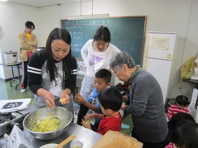 http://www.wochikochi.jp/foreign/2017_citizenship_interview_06.jpg