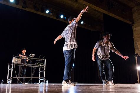 street-dancer-brazil_05.jpg