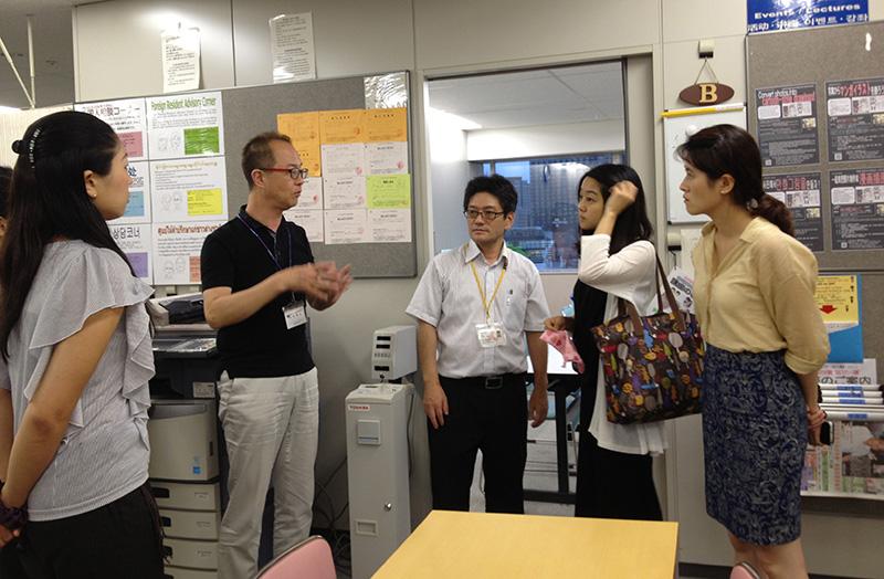 http://www.wochikochi.jp/foreign/ngo_refugees02.jpg