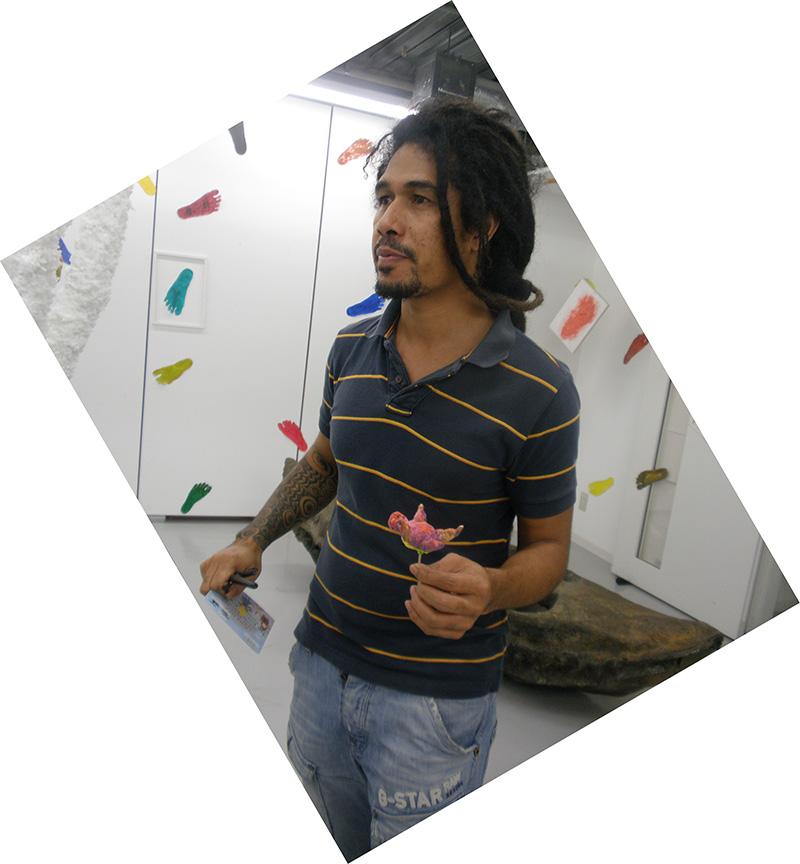 http://www.wochikochi.jp/relayessay/art_easttimor04.jpg
