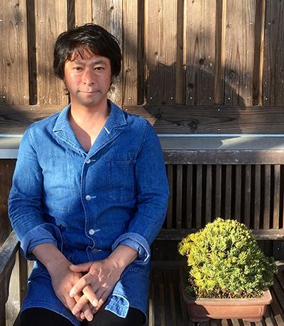 http://www.wochikochi.jp/serialessay/bonsai_profile.jpg