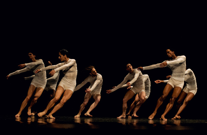 http://www.wochikochi.jp/topstory/teshigawara-acosta-danza_01.jpg